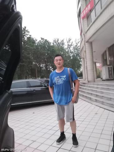 华语乐坛假唱第一惨案!zt